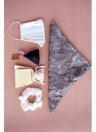 Silk and Cashmere Bakım Seti Beyaz